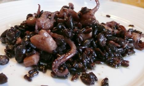 riso-nero-calamari-mag09_2.jpg